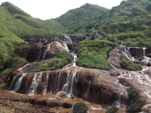 AmandaSung_cooper-mine-waterfall